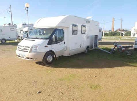 camping-car VILLAMOBIL CAUTEL S  extérieur / latéral
