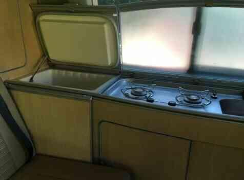 camping-car VOLKSWAGEN TRANSPORTER T5 CALIFORNIA  intérieur