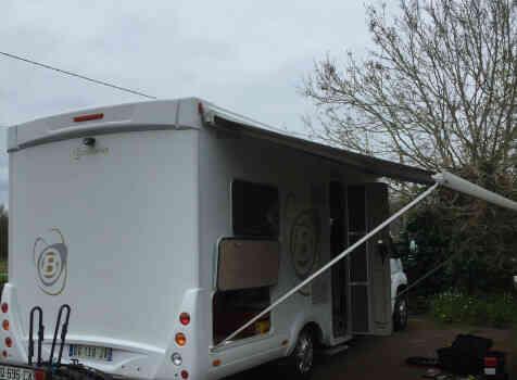 camping-car BAVARIA T710 LG  extérieur