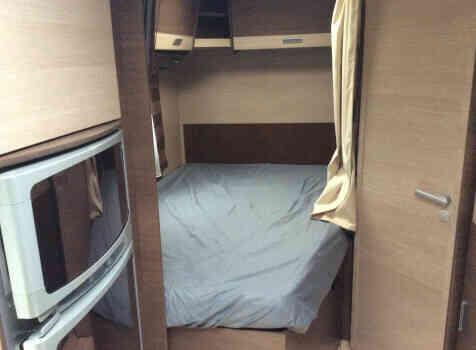 camping-car BAVARIA T710 LG  intérieur / autre couchage