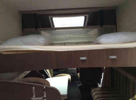 camping-car BAVARIA T710 LG  intérieur