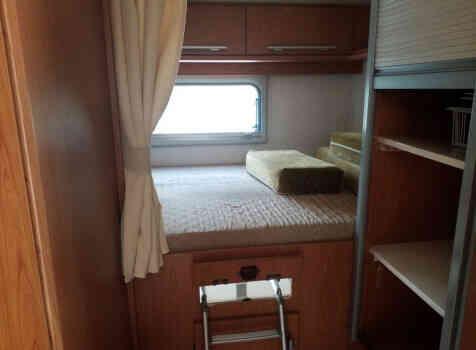 camping-car VILLAMOBIL CAUTEL S  intérieur /