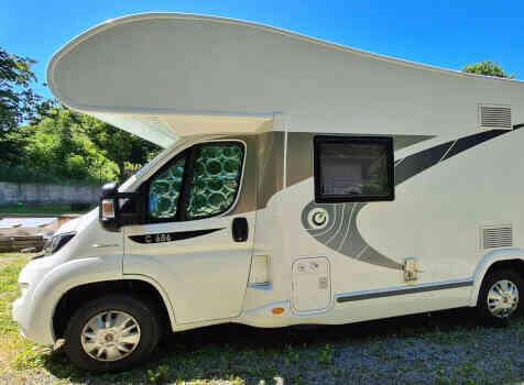 camping-car CHAUSSON C 656  extérieur / latéral droit