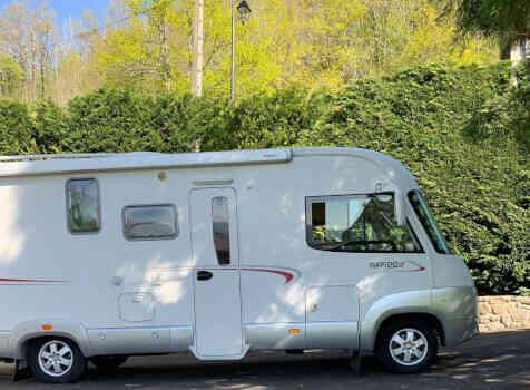 camping-car RAPIDO 991 M  extérieur / latéral droit