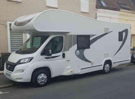 camping-car CHAUSSON C656  extérieur / latéral droit