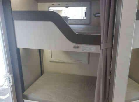 camping-car CHAUSSON C656  intérieur / autre couchage