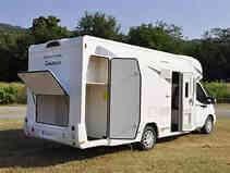 camping-car CHAUSSON FLASH 716  extérieur / arrière
