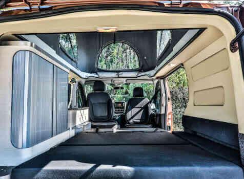 camping-car PEUGEOT KLUBBER (PRO ORL)  extérieur / arrière