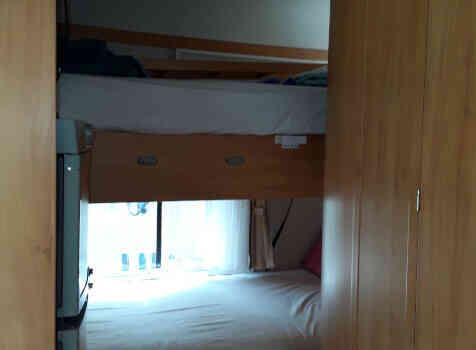 camping-car ADRIA CORAL   intérieur / autre couchage