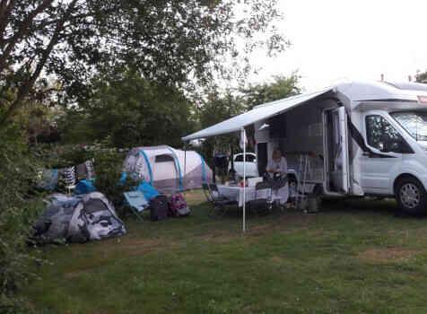camping-car CHALLENGER 358 GRAPHITE EDITION BVA  extérieur / latéral gauche