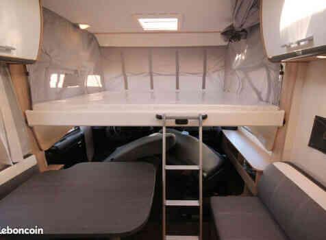 camping-car SUNLIGHT I 69 L  intérieur / autre couchage