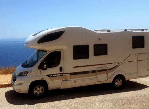 camping-car ADRIA CORAL XL  extérieur / latéral gauche