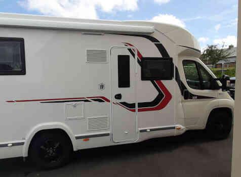 camping-car CHALLENGER 308 VIP  extérieur / arrière