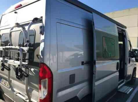 camping-car BURSTNER HARMONY LINE  extérieur / arrière
