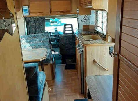 camping-car PILOTE CITROEN C25  intérieur / autre couchage