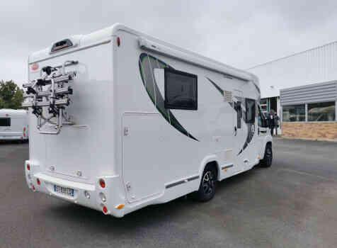 camping-car CHAUSSON 718 XLB SPECIAL EDITION  extérieur / arrière