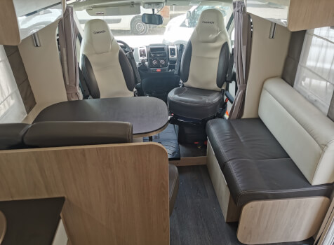 camping-car CHAUSSON 718 XLB SPECIAL EDITION  intérieur
