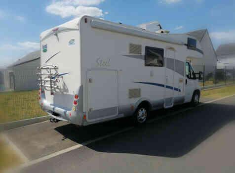 camping-car MC LOUIS STEEL 526 G  extérieur / arrière
