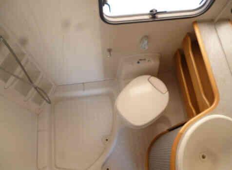 camping-car MC LOUIS TANDY 640MC  intérieur / couchage principal