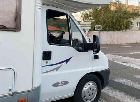 camping-car MC LOUIS TANDY 640MC  extérieur / arrière