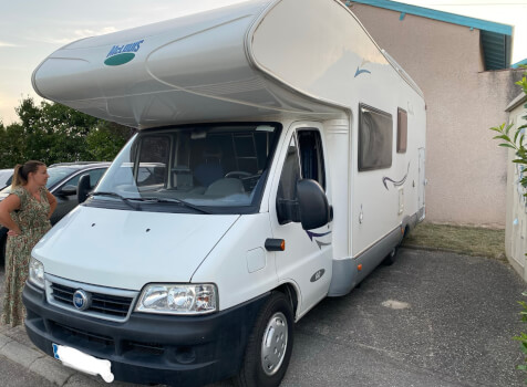 camping-car MC LOUIS TANDY 640MC  extérieur / latéral droit