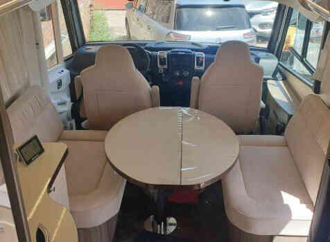 camping-car Autostar  Privilege lc730  intérieur  / coin cuisine
