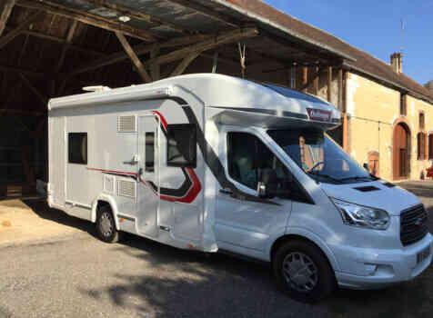 camping-car CHALLENGER GENESIS 396  extérieur / arrière
