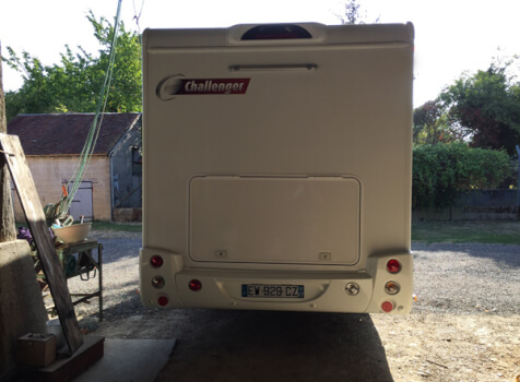 camping-car CHALLENGER GENESIS 396  intérieur / coin salon