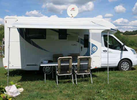 camping-car CHAUSSON CHORUS 628 EB  extérieur / latéral droit