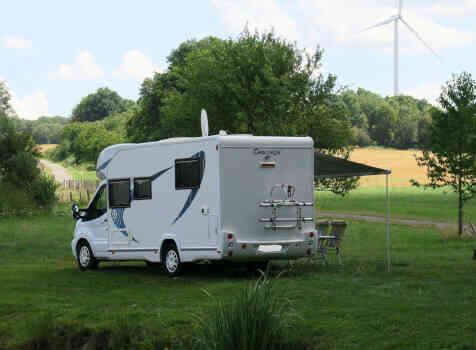 camping-car CHAUSSON CHORUS 628 EB  intérieur / coin salon