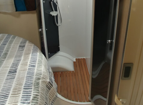 camping-car CHAUSSON CHORUS 628 EB  intérieur / soute