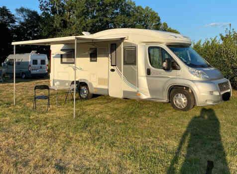 camping-car CHAUSSON ALLEGRO 97  extérieur / arrière