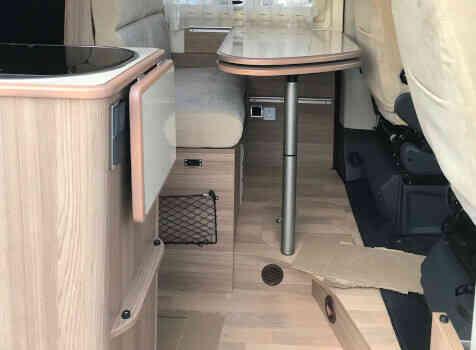 camping-car RAPIDO V 55