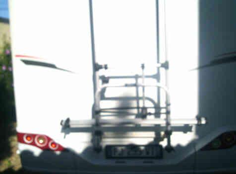 camping-car SUNLIGHT S 69  extérieur / arrière