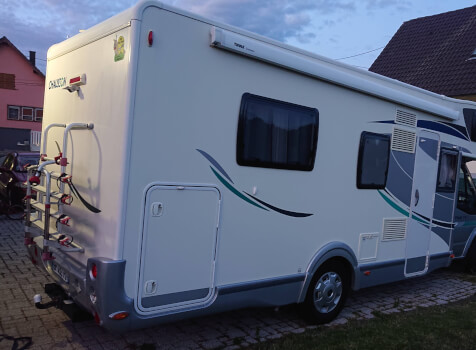 camping-car CHAUSSON FLASH 19