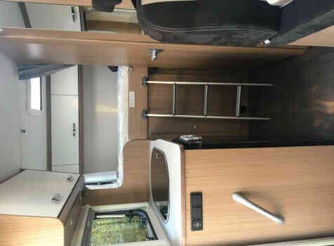 camping-car CARADO V132  intérieur