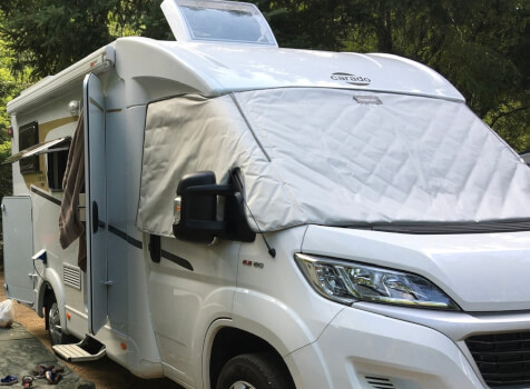 camping-car CARADO V132  extérieur