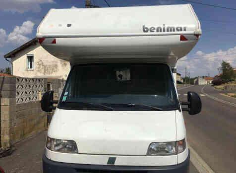 camping-car BENIMAR 6000 ST  extérieur