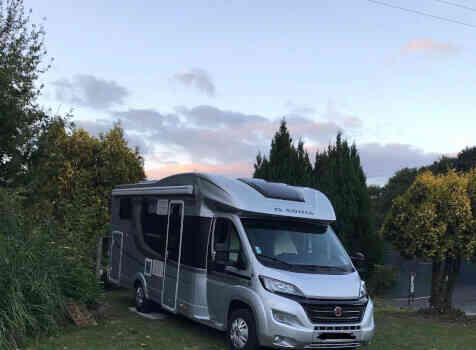 camping-car ADRIA MATRIX  extérieur / arrière