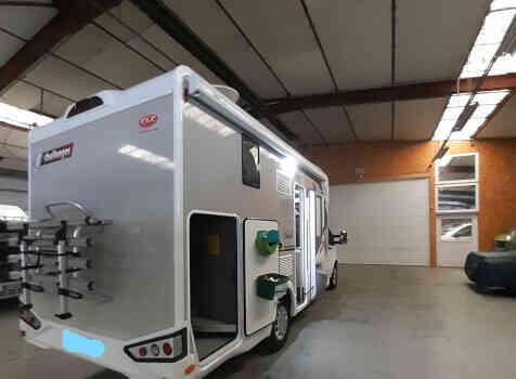 camping-car CHALLENGER 260 GRAPHITE EDITION BOITE AUTO  extérieur / arrière