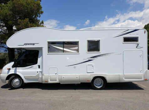 camping-car RIMOR SUPERBRIG 677  extérieur / latéral droit