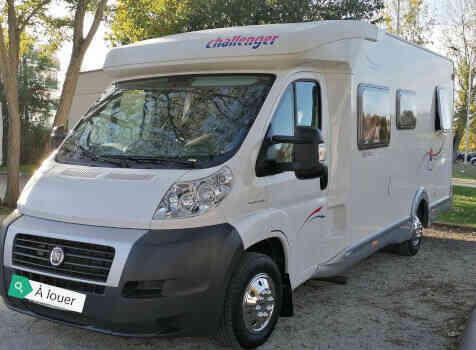 camping-car CHALLENGER  GENESIS  extérieur /