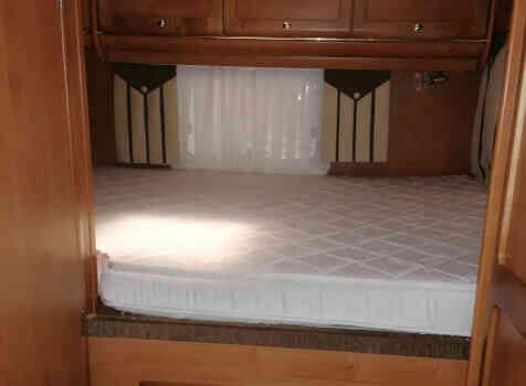camping-car RAPIDO 983F  intérieur /