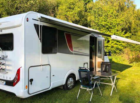 camping-car BURSTNER LYSEO TD 744 SLD  extérieur
