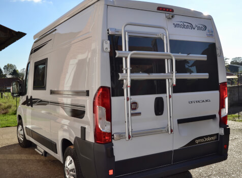 camping-car FONT VENDOME RANDO CAMP  intérieur / coin salon