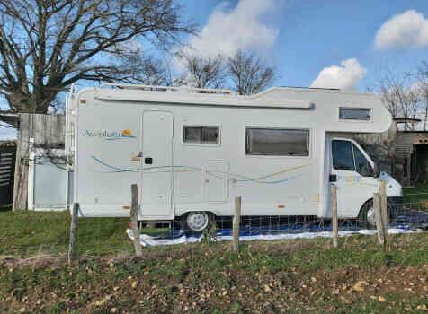 camping-car PILOTE A 690  extérieur