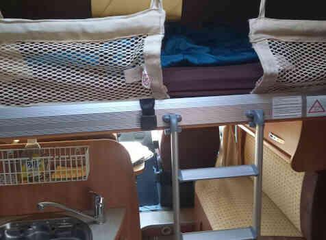 camping-car CHALLENGER GENESIS 36  intérieur / autre couchage