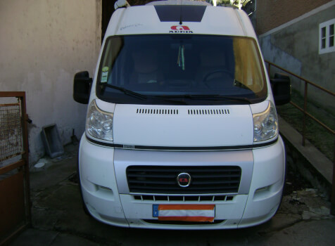 camping-car ADRIA TWIN 640 SLX  extérieur / latéral gauche