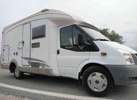 camping-car BURSTNER NEXXO T620  extérieur / arrière