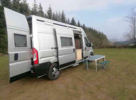 camping-car CAMPEREVE FAMILY VAN   extérieur / arrière